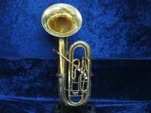 King 4 Valve Baritone Horn Ser#536159 Fantastic Sound Plays Great w/Mouthpiece!