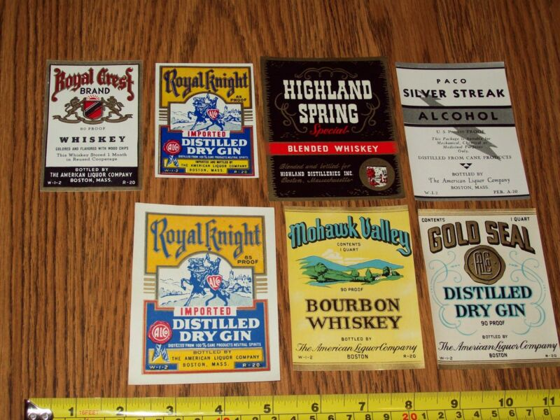 70 - vintage 1940s WHISKEY LABELS in exc. condition