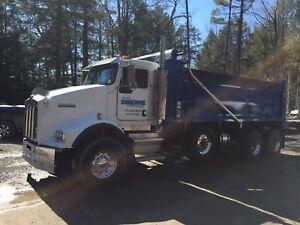 2003 T800 tri axle dump truck