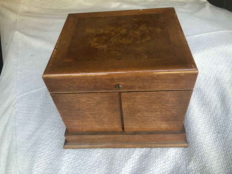 VINTAGE ALFRED DUNHILL PIPE HUMIDOR WITH PIPES - FIT FOR A KING!
