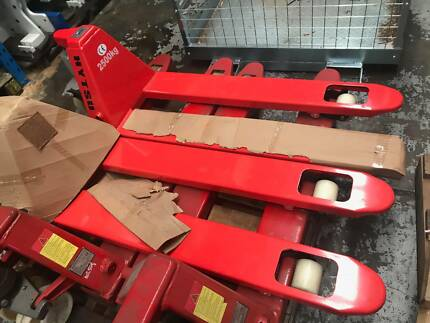 Hand Pallet Jack/ Truck New 2500kg 450x1150mm Fork Priced 2 Sell