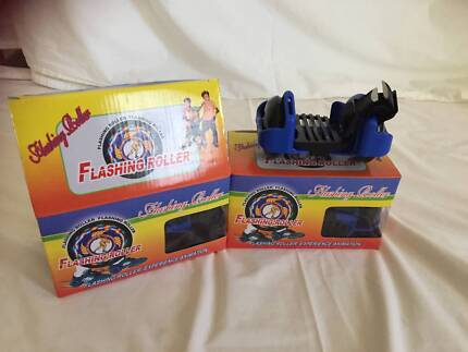 Lightup Skate Rollers / Strap-on Shoe Attachment