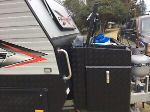 2015 Lotus Caravans Freelander off road 3 bunk