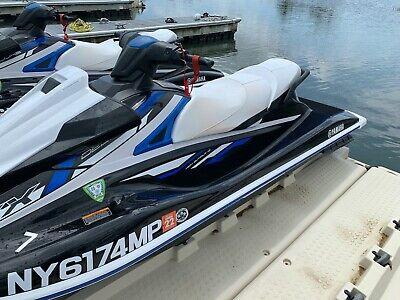 2019 Yamaha VX Deluxe WaveRunner Jet Ski -