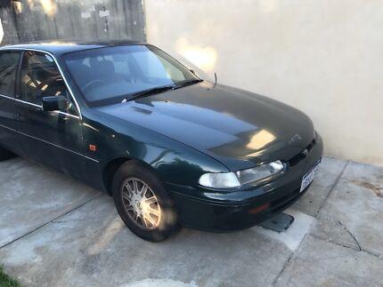 1996 Toyota Lexcen (Holden commodore vs equivalent)