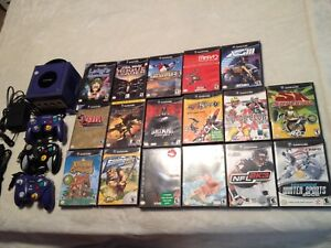 Nintendo GameCube console 3 controllers 17 games