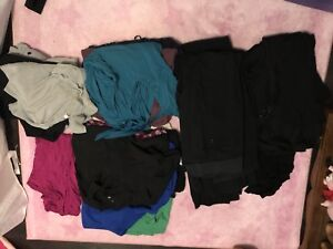Maternity clothing lot- 24 items