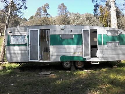 Vintage caravan Eildon Murrindindi Area Preview
