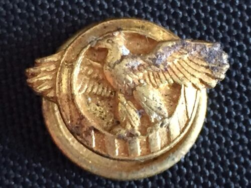"Vintage ""Ruptured Duck"" WWII U.S. Military Honorable Discharge Lapel Button Pin"
