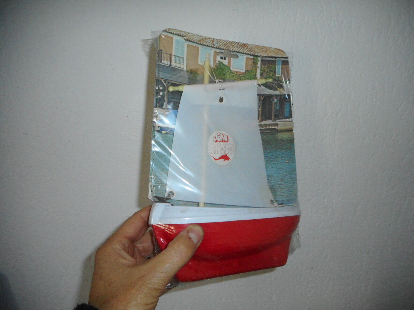 Jem lyon bateau voilier 1980   neuf sur blister et sous film plastique original