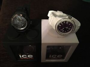 2 montres ice watch pour femme