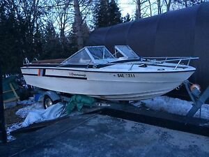 1976 Peterborough 18 foot 120 hp inboard with shoeline trailer
