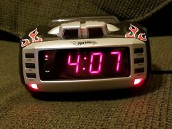 Emerson Hot Wheels Snore Alarm Clock AM/FM Radio Red/Black Flames, HW800 LED †