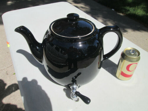 HALL CHINA TEA DISPENSER Restaurant Teapot,  MEDIUM SIZE, GREAT CONDITION!
