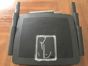 Linksys Max-Stream ES9500 router