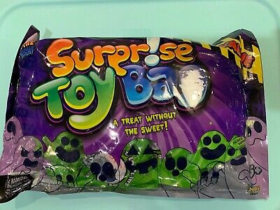 Halloween Night In (Fright In The Night Surprise Toy Bag 20 Individually wrapped Toys)
