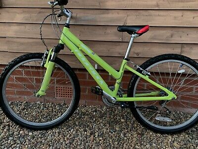 Green kids off-road mountain bike with speedometer and bell age 7+ , great bike