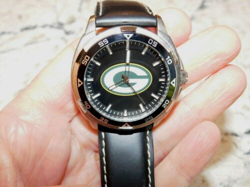 Green Bay Packers NFL LOGO Watch Black Genuine Leather Band EUC Large Case Men