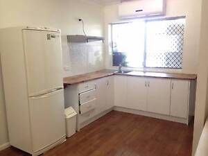 Mooroobool- Pet friendly 1 bed fully furnished flat Mooroobool Cairns City Preview