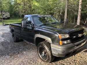 2005 CHEVROLET SILVERADO 1500 REGULAR CAB 4x4