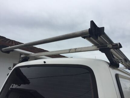 Roof rack for boat