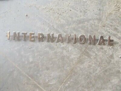 International 350 300 Utl Utility Ihc Tractor Nice Original Chrome Hood Emblem