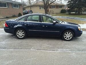 2005 Ford Five Hundred AWD - great car