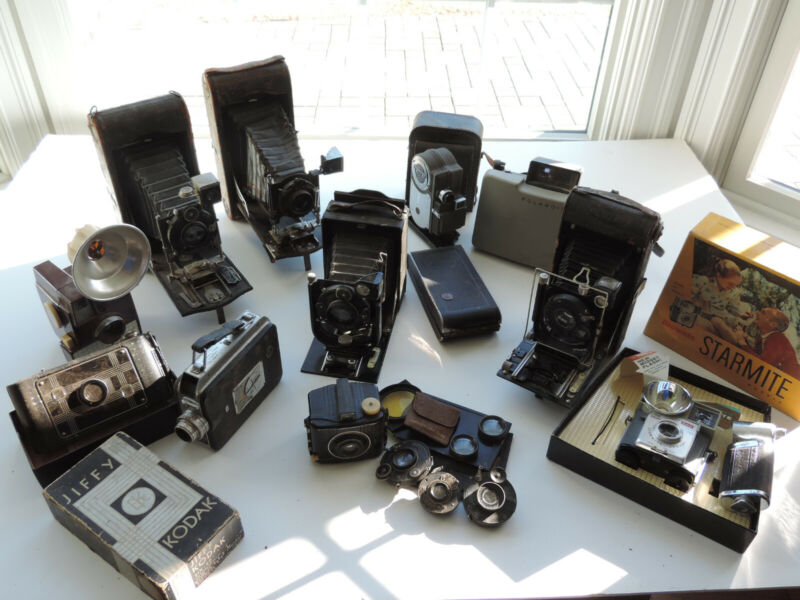 Lot of 12 Antique / Vintage Cameras Kodak, Zeiss, Polaroid,