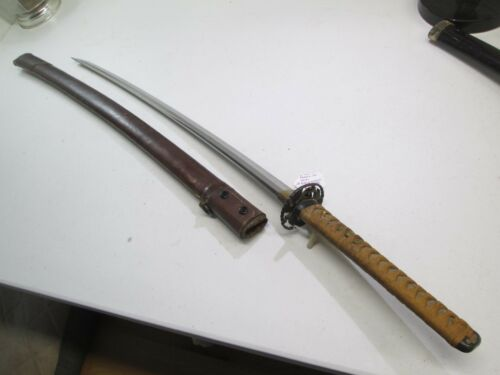 WW2 JAPANESE OFFICERS SWORD WITH SCABBARD SIGNED KANETSUGU DATED GENDITO #L43