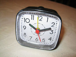 Quartz Travel Alarm Clock with Battery SPC873