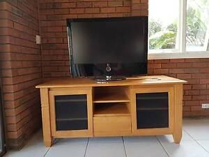 Entertainment Unit - Plantation Hard Wood New Lambton Heights Newcastle Area Preview