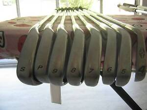 FULL SET TAYLOR MADE BURNER GOLF CLUBS(LADIES FLEX) Willetton Canning Area Preview