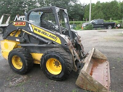 2015 New Holland Skid Steer Loader Model L230