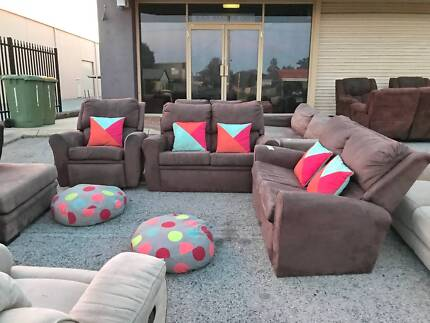CLEARANCE SALE - COMFORTABLE 2X2X1 sofas set RECLINER