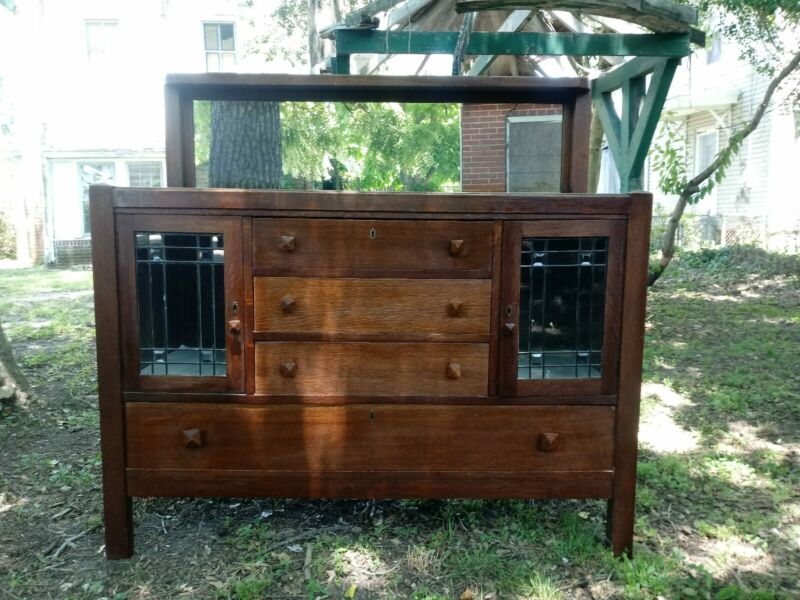 Stickley style Antique Mission/Arts and Crafts Style Oak Sideboard leaded glass