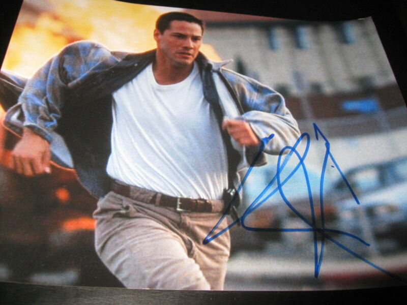 KEANU REEVES SIGNED AUTOGRAPH 8x10 SPEED PROMO ACTION SHOT RUNNING COA AUTO RARE