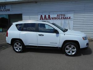 2012 Jeep Compass Sport  North AWD !