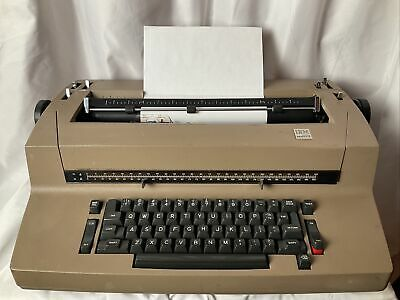 Vintage Ibm Selectric Ii 2 Self Correcting Typewriter Brown Beige Tan Electric