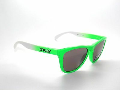 CLEARANCE OAKLEY SUNGLASSES FROGSKINS 9013-99 GREEN FADE/PRIZM D (Polarized Sunglasses Clearance)
