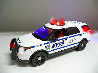 NYPD New York ESU Ut Supervise FORD EXPLORER SUV WORKING LIGHTS SIREN 1/18 Scale Ut