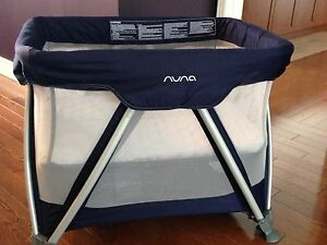 Nuna Sena Mini cot/playpen