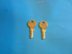 2 1996 Up Coleman Fleetwood Entrance Lock Keys 8025 Step