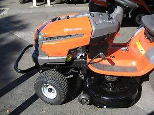 Second Hand Husqvarna LTH1842 Ride on Mower Richmond Hawkesbury Area Preview