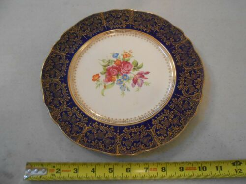 VINTAGE STEUBENVILLE POTTERY CO. 11 INCH PLATE GOLD / ROYAL BLUE 2027 ROSES