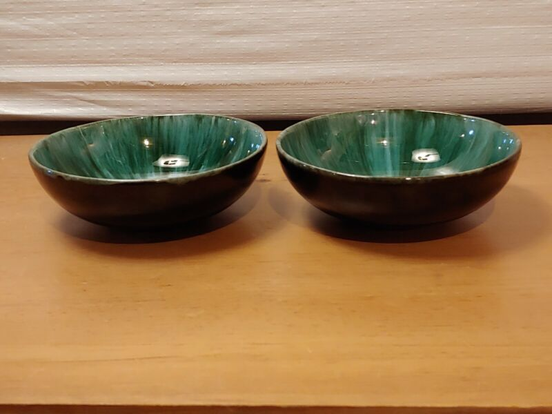 Vintage Blue Mountain Pottery Bowls Blue Green Drip Glaze Canada (Set of 2)