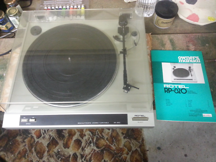 ROTEL RP 820 SEMI AUTOMATIC STEREO TURNTABLE RECORD PLAYER