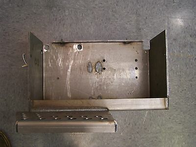 White 2-85 2-88 2-105 2-110 Tractor Battery Box Step 30-3296083 30-3158071