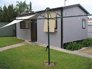 Modern Granny Flat In Quiet Area Oak Flats Shellharbour Area Preview