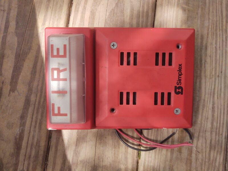 SIMPLEX FIRE ALARM RED HORN 2901-9840 STROBE WALL MOUNT COMBO