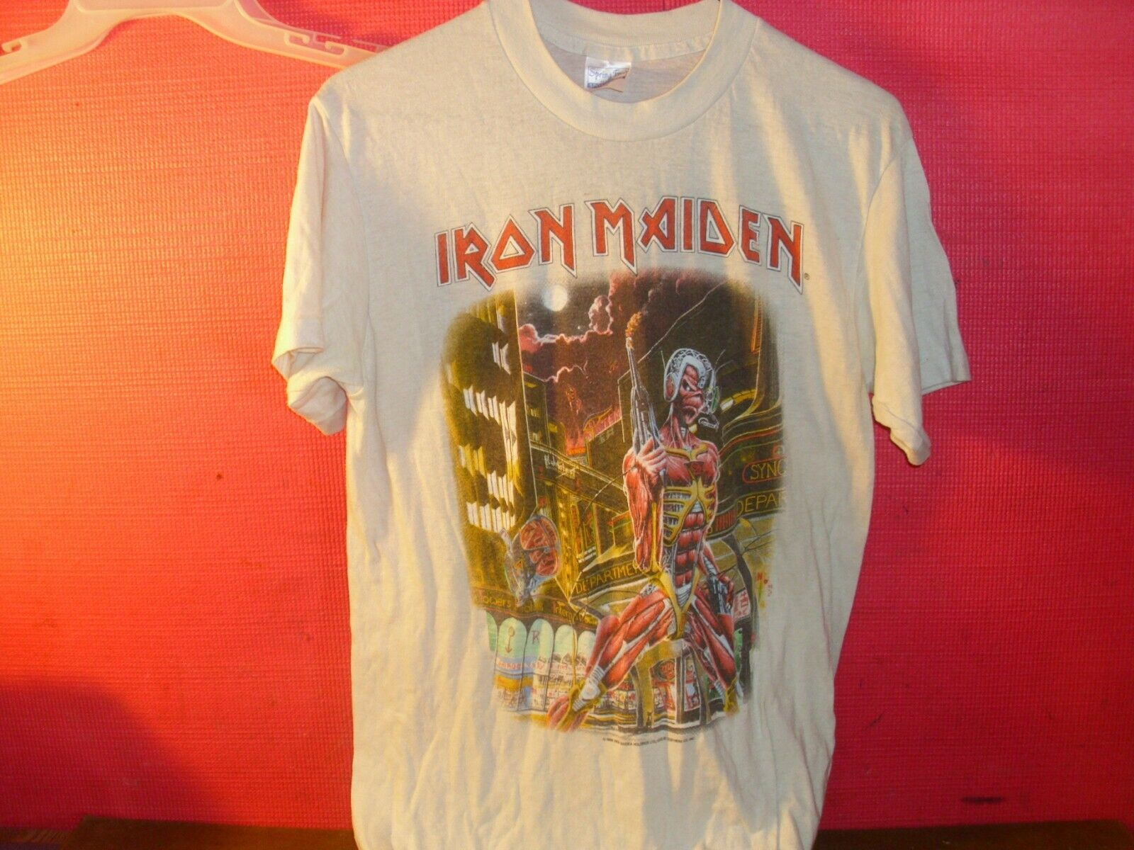 "VINTAGE 1986 IRON MAIDEN CONCERT T SHIRT ""SOMEWHERE IN TIME"""